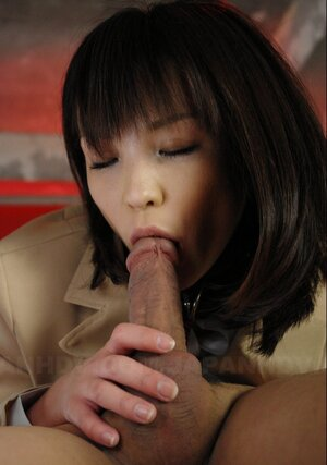 Japanese 18-19 y.o. doesn't care about safe sex and moreover guys oftentimes ejaculate in shaggy pussy