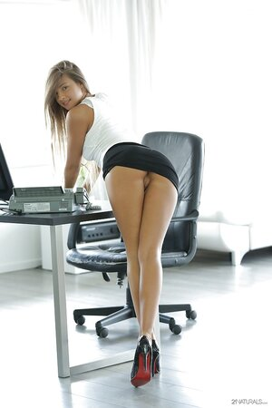 Stunning office lady in sexy uniform decides to take a break and satisfy herself